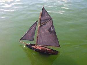 1-Death-boat